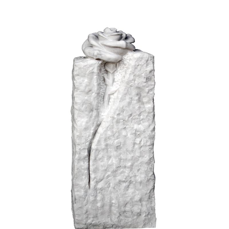 grabstele aus marmor mit rose • serafinum.de, Innenarchitektur ideen
