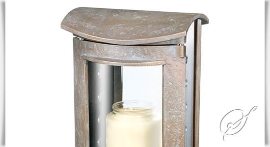moderne grableuchte laurea aus bronze. Black Bedroom Furniture Sets. Home Design Ideas