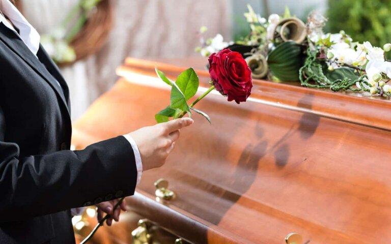 Die Kosten der Bestattung – Vorbereitung auf die letzte Ruhe