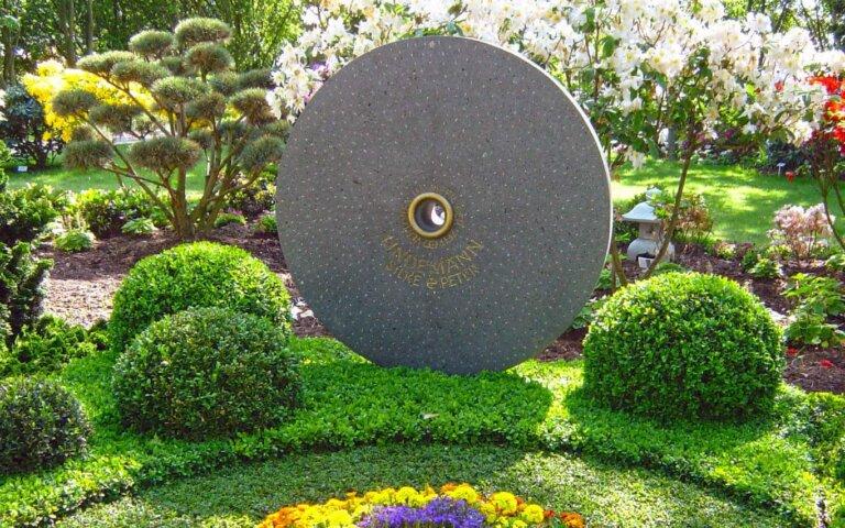 Außergewöhnliche und besondere Grabsteine – Individuelle Gedenksteine für individuelle Menschen