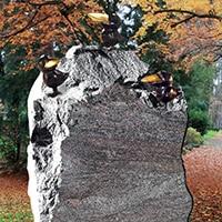 Kindergrabstein aus Granit