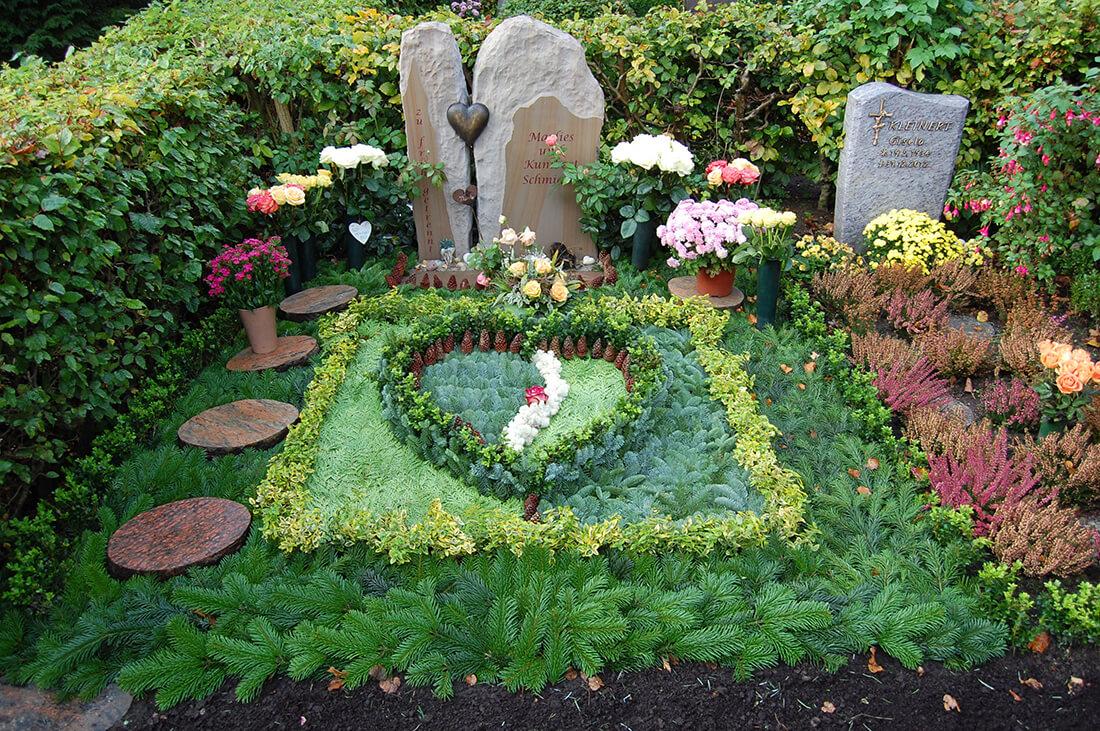 Eine schöne Bepflanzung zeigt den Verstorbenen ihre ewige Liebe und Wertschätzung.