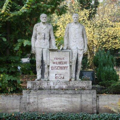 Grab Skulpturen