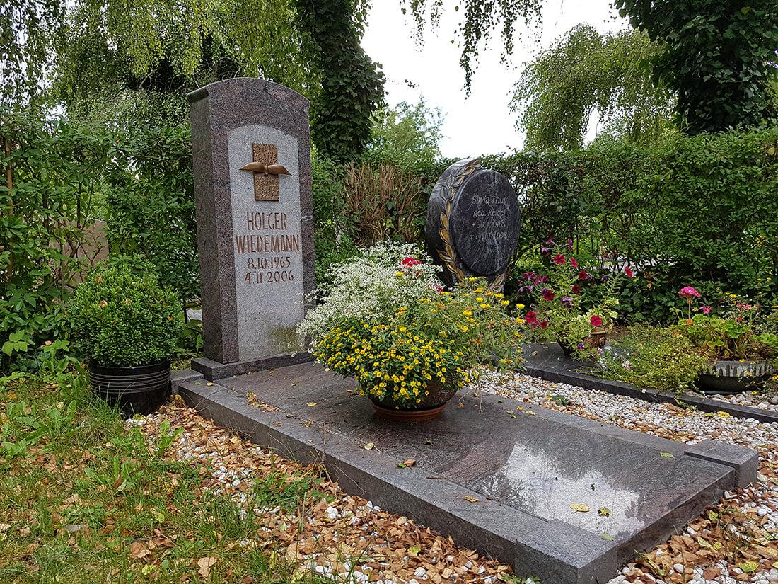 Bevorzugt Grabstein-Kosten & Preise für Grabplatte, Einfassung, Grabmale uvm. OW02