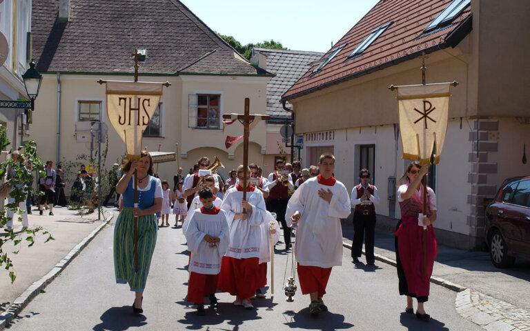 Fronleichnam: Feiertag pro Bundesland & Bedeutung im Überblick