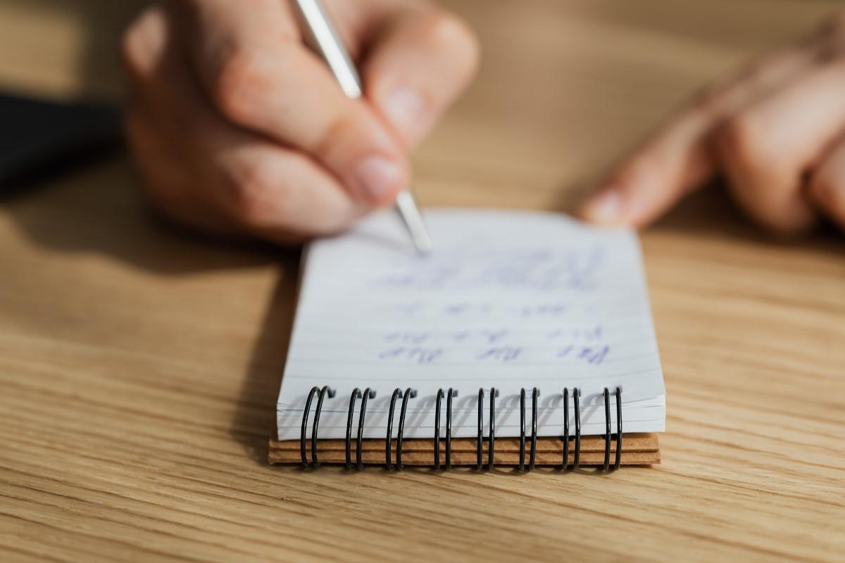 Notizen beim Schreiben der Trauerrede