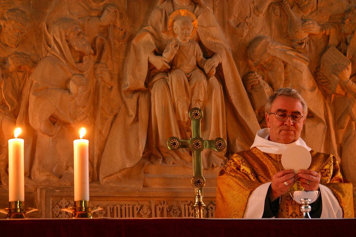 Trauerzitate von Priestern und Geistlichen