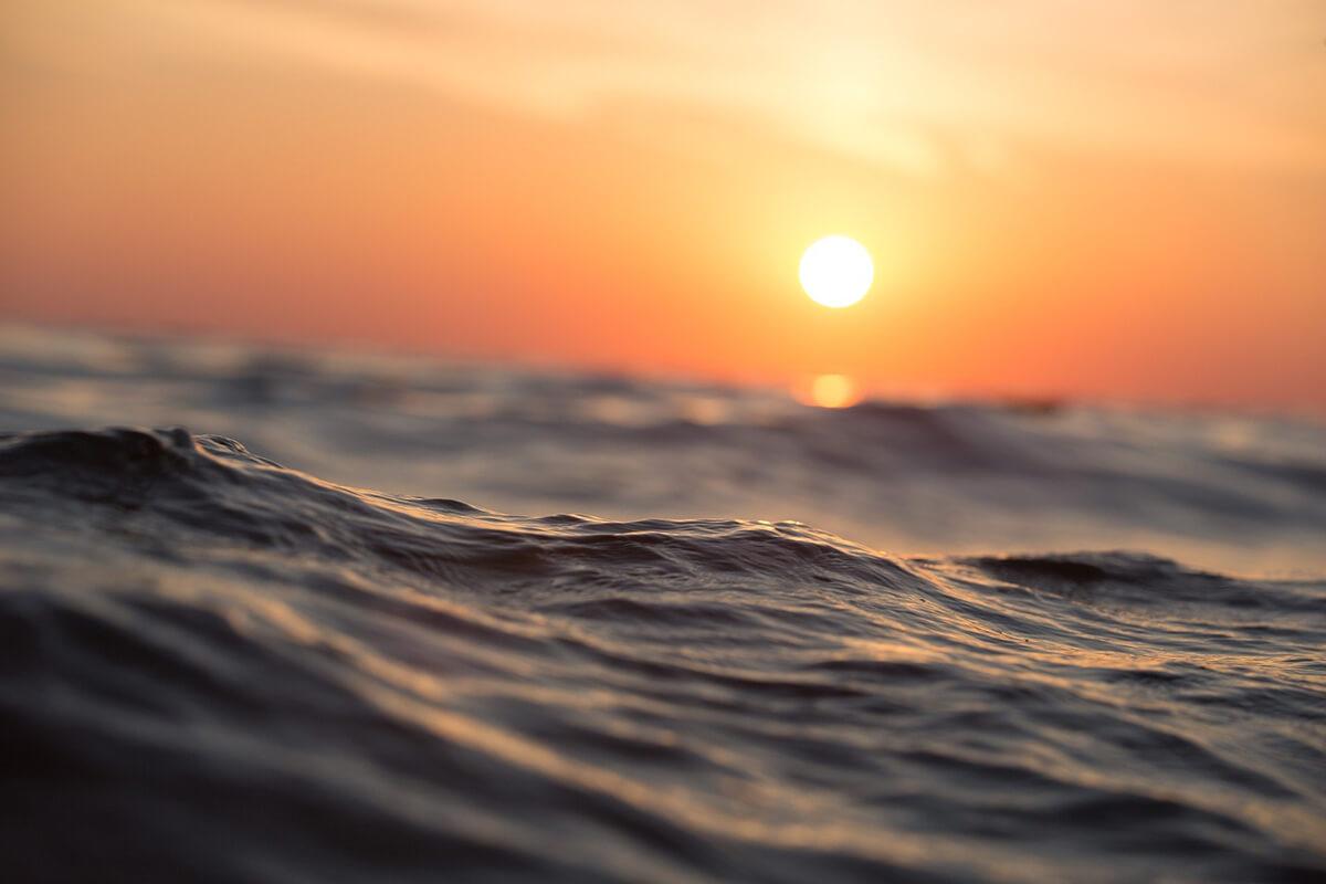 Sonnenuntergang und Meer für Trauerbilder ohne Text
